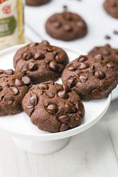 These easy and delicious chocolate coconut flour cookies have the perfect texture and taste just like regular double chocolate cookies! This recipe is paleo with vegan and low-carb options. With a how-to recipe video. Made in partnership with Coconut Flour Cookies, Coconut Chocolate Chip Cookies, Paleo Chocolate Chips, Coconut Flour Recipes, Cocoa Cookies, No Flour Cookies, Paleo Cookies, Low Carb Chocolate, Vegan Dessert Recipes