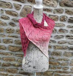 Autumn Falling Leaves knitting pattern Leaf Knitting Pattern, Lace Knitting, Knitting Patterns Free, Crochet Patterns, Free Crochet, Knit Crochet, Fingering Yarn, Fade Color, Sock Yarn