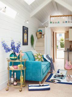 20150629 DFS Beach House-95589 v1 door open 01a.jpg