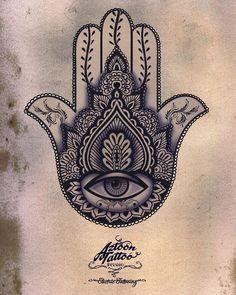 Hamsa // Hand of Fatima // Hand of Miriam