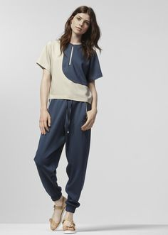 Buy this look: http://useshop.hu/index.php?route=product/product&path=73&product_id=342