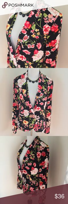 Floral Philosophy Blazer Beautiful floral blazer by Philosophy. One button closure. Size small. In excellent preloved condition. Philosophy Jackets & Coats Blazers