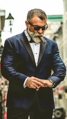 long top short mens hairstyles which look stylish. - long top short mens hairstyles which look stylish… You are in the righ - Beard Styles For Men, Hair And Beard Styles, Short Hair Styles, Short Men Hairstyle, Beard Shapes, Beard Game, Epic Beard, Mustache Styles, Cigar Men