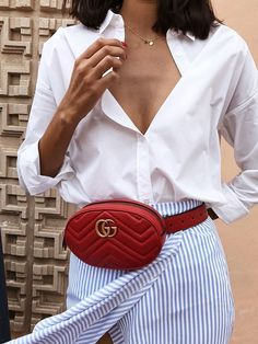 Gucci Disco for sale Womens Fashion Online, Latest Fashion For Women, Estilo Fashion, Ideias Fashion, White Blouse Outfit, Button Down Outfit, Gucci Disco, Moda Outfits, Style Vintage