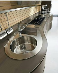 Italian kitchen cabinets Pedini Dune collection contemporary kitchen - Appartement Cuisine - Before and After Kitchen Room Design, Modern Kitchen Design, Home Decor Kitchen, Interior Design Kitchen, Diy Kitchen, Kitchen Ideas, Kitchen Small, Kitchen Sink, Stainless Kitchen