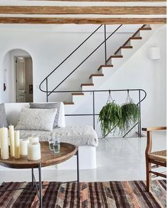 Contemporary home decor gorgeous rustic villa with influences art of and house design modern ideas Contemporary Interior Design, Modern House Design, Contemporary Stairs, Contemporary Building, Contemporary Apartment, Minimal Home Design, Contemporary Furniture, Contemporary Rustic Decor, Modern Bohemian Decor