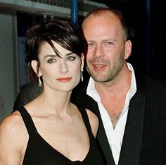 Demi Moore & Bruce Willis Coming Around Again Tv Couples, Famous Couples, Celebrity Couples, Celebrity Weddings, Bruce Willis, Hollywood Couples, Hollywood Actor, Blake Lively, Demi Moore Hair