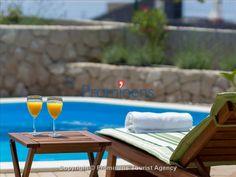 Holiday home Sandra with pool Makarska