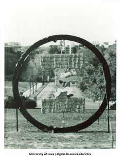 Homecoming corn monument, The University of Iowa, 1987 http://digital.lib.uiowa.edu/cdm/ref/collection/ictcs/id/3800