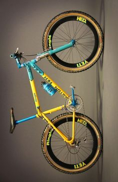 "bikeplanet: ""Bikeporn from the 90s Yeti ARC """