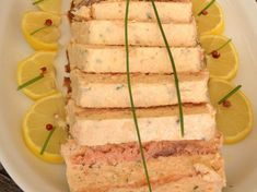 Terrine au saumon ultra rapide – Recettes Discover the ultra fast salmon terrine recipe on actualcooking. Appetizers For A Crowd, Seafood Appetizers, Seafood Recipes, Salmon Terrine Recipes, Fish And Chips, Food Festival, Carne, Entrees, Brunch