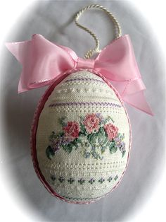Hand embroidered Cross Stitch and Hardanger Linen Egg