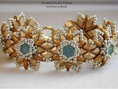 December Bracelet 8mm Swarovski Chatons, 2 hole Diamonduos, 2 hole Czechmates Crescent beads, Size 15 and 11 seed beads