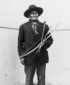 Geronimo at the 1904 World's Fair