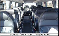 Interior Microbus de lujo 19 plazas