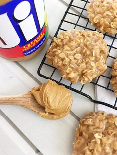 Peanut Butter No Bake Cookies! – My Incredible Recipes - Peanut Butter No Bake Cookies! – My Incredible Recipes - Köstliche Desserts, Dessert Recipes, Baking Recipes, Baking Ideas, Plated Desserts, No Bake Recipes, Recipes Using Cake Mix, Dinner Recipes, Biscuits