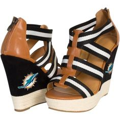 f541c95a3 These black and brown wedge sandals are a must-pack for an impromptu  weekend getaway