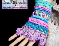 Arco iris Crochet brazalete pulsera por CoralReefCrochet en Etsy