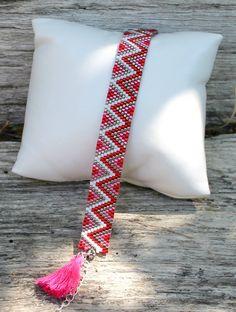 Bracelet tissage peyote rouge et rose : Bracelet par made-by-ginie