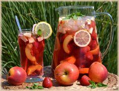 Použila jsem ovocný čaj (třešeň) – příprava za studna, ale můžeme uvařit klasický ovocný čaj a necháme vychladit. Pak už přidáme jakékoliv ovoce, leda může se přisladit ovocným sirupem nebo medem. Andrea P. K tomuto receptu se můžete vyjádřit v … Celý příspěvek → Preserves, Smoothies, Food And Drink, Fruit, Vegetables, Drinks, Syrup, Smoothie, Drinking