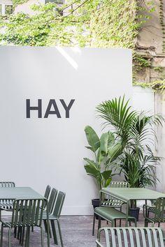 Hay Design, Pot Plante, Scandinavian Furniture, Design Within Reach, Garden Boxes, Terrace Garden, Commercial Design, Tropical Plants, Decoration