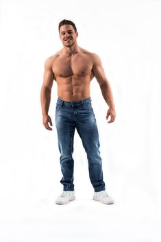 Jeans for Athletes Bodybuilder, Six Packs, Athletes, Jeans, Fitness, Sexy Men, Denim, Fashion, Sporty