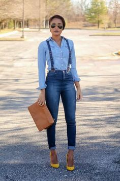 Denim jeans with suspenders, denim top, yellow heels.love the heels! See more denim in LuLus Shop only ♛ I Love Fashion, Passion For Fashion, Autumn Fashion, Womens Fashion, Fashion Ideas, Denim Fashion, Fashion Trends, Suspender Jeans, Looks Jeans
