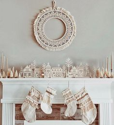 It's beginning to look a lot like Christmas around here- trying desperately to get it all done before babe arrives 😅 {Stocking Christmas Trends, Christmas Mantels, Pink Christmas, Christmas Holidays, Christmas Wreaths, Christmas Decorations, Christmas 2017, Winter Holidays, Happy Holidays