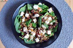 Przepyszna sałatka ze szpinakiem, fetą, suszonymi pomidorami i gruszką! – Eat Me Fit Me! :) Sprout Recipes, Cooking Recipes, Healthy Recipes, Vegetable Salad, Chicken Salad, Diy Food, Good Food, Food And Drink, Lunch
