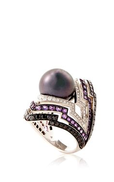 White Gold Tahitian Pearl Ring by Stephen Webster for Preorder on Moda Operandi Tahitian Pearl Ring, Tahitian Pearls, Stephen Webster, Black White Gold, Statement Rings, Jewelery, Amethyst, Unique Jewelry, Diamond