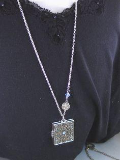 Fée Soiree médaillon argent antique médaillon par ValleyGirlDesigns