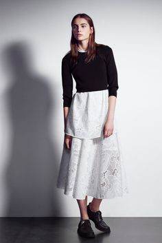 http://www.vogue.com/fashion-shows/pre-fall-2016/neil-barrett/slideshow/collection