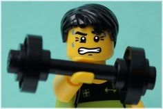 Lots of men go to the gym, play sports or do some other form of exercise because they want to build muscle. Losing weight might be another motivation, but building up muscle tends to be a goal for the same reasons: you want to look good and be healthier Burn 100 Calories, Weight Lifting, Weight Loss, Weight Training, Face Lifting, V Cut Abs, Growth Mindset Quotes, Face Exercises, Yoga Exercises