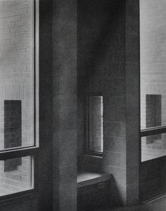 Alcove Seating, First Unitarian Church, Louis Kahn.