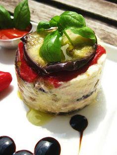 Exquisito Vegetariano!: Milhojas de berenjena, pimientos, queso de cabra y peras