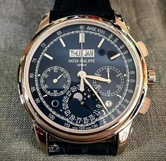 Beautiful Patek Philippe 5270.