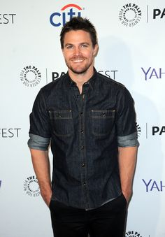 20 Superhot Stephen Amell Moments That Will Make You Swoon - Hot Stephen Amell Pictures - Casey Jones, Stephen Amell Arrow, Arrow Oliver, Celebrity Pictures, Celebrity News, Celebrity Babies, Celebrity Style, Dc Comics, Arrow Tv