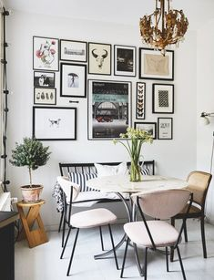 I planned the decor for three years while I was looking for my apartment Dining Room Inspiration – monochrome art wall with a vintage feel, mixed dining room chairs and round marble table topped with a vintage look chandelier. Mixed Dining Chairs, Dining Room Walls, Living Room, Dining Room Inspiration, Inspiration Wall, Decor Room, Wall Decor, Round Marble Table, Art Mur