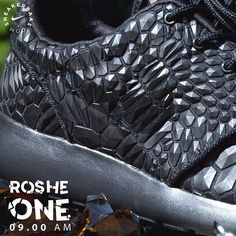 #nike #nikerosherun #rosheone #lava  Nike Roshe One DMB - You rarely see a sneaker like this Nike Roshe One DMB. The sneaker got cool details like the undercover Swoosh which is shown on the side panels in a slightly darker shade of black. The black on black colorway is completed with the always comfortable Roshe One sole  Releases 23.11.2015 at 09:00 AM   Priced at 139.95   Wmns Sizes 36.5- 44.5 EU  