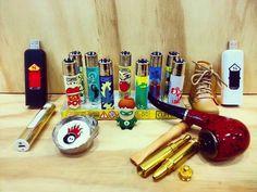Encendedores Clipper - Pipas - Rascadores - USB - y muchas cosas que sólo encuentras aquí en #GlobalOption VISITANOS!! En nuestras RedesSociales @GoGlobalOption o en Facebook: Encuentralo Todo #GoGlobal #gadgets #Hobbies #GlobalOption #Accesorios #Aventura #Originalidad #