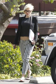 Gwen Stefani showed off her rocker-chick style yet again with these awesome black-and-white striped pants.