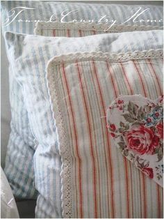 flannel pillowcases, crochet edge from Fresh Farmhouse - absolutely love - great family craft for the gals Fresh Farmhouse, Town And Country, Modern Country, Country Living, Sewing Pillows, Linens And Lace, Shabby Chic Decor, Linen Bedding, Vintage Inspired