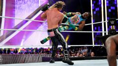 Check out photos from the WWE Championship Match at Super ShowDown as Kofi Kingston defends the title against Dolph Ziggler. Xavier Woods, Champion, Wwe Pay Per View, Dolph Ziggler, Wwe News, Wwe Superstars, Kingston, New Day, Photos