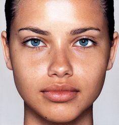 Adriana Lima- no makeup