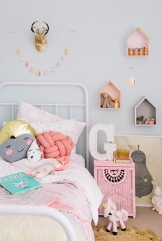 kids bedroom Hannah Blackmore Photography for adore magazine