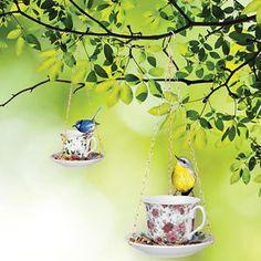 NEW-High-Tea-Bird-Feeder-Teacup-Porcelain-Vintage-Garden-Floral-Hanging-Chain