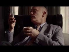 iPhone 4S (Siri) - John Malkovich - Joke