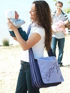 1000 images about messenger style diaper bags on pinterest diaper bags messenger bags and. Black Bedroom Furniture Sets. Home Design Ideas