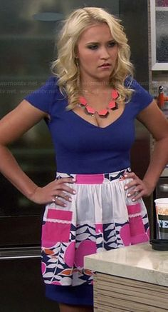 Gabi's blue v-neck dress and patterned apron on Young and Hungry.  Outfit Details: http://wornontv.net/34982/ #YoungandHungry
