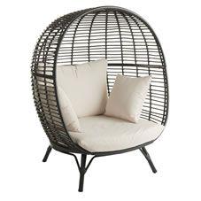 Wilko Garden Snuggle Egg Chair Rattan Effect
